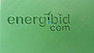 Detalle del logo y luces